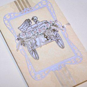 Свадебная открытка ручной работы с каретой