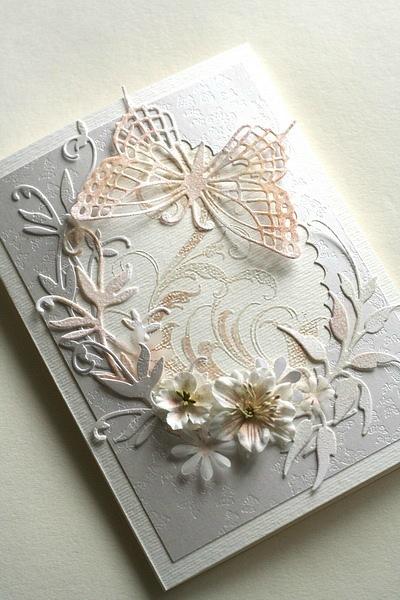 Открытка ручной работы с бабочками